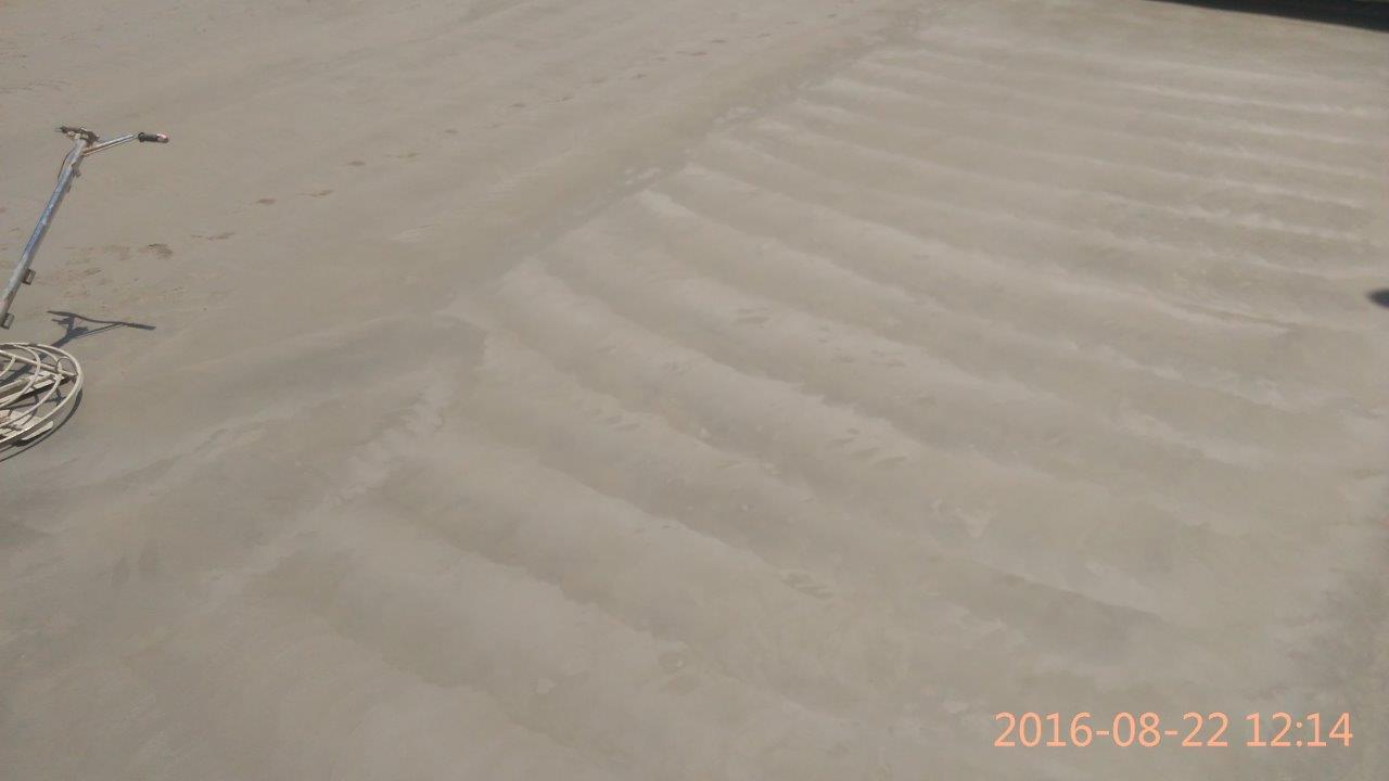 יציקת בטון מוחלק בהליקופטר 500 מטר בתל אביב