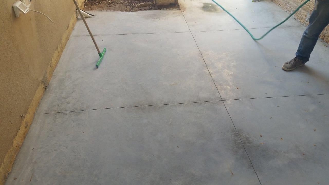 החלקת בטון בהליקופטר, בטון מוחלק אפור טבעי